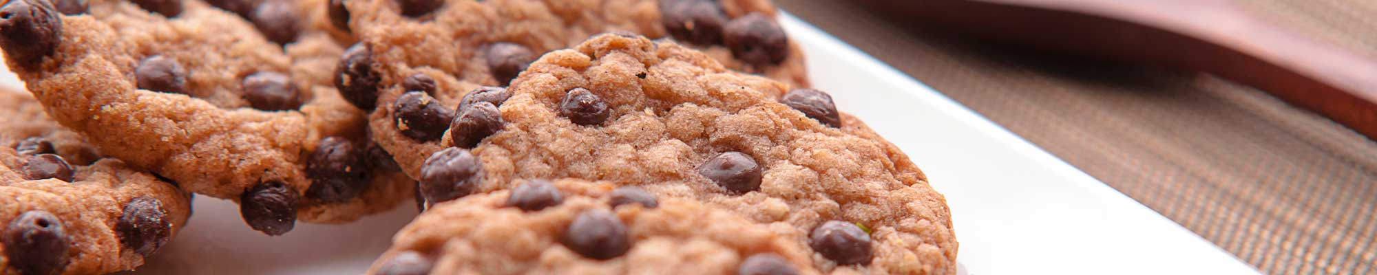 A delicious plate of chocolate chip cookies
